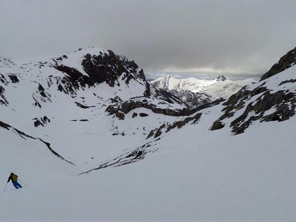 Bajada-Lago-cueva