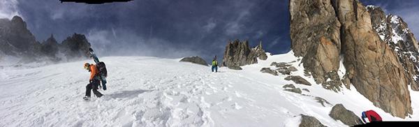 Mucho viento al pasar el Col de Ecandies.